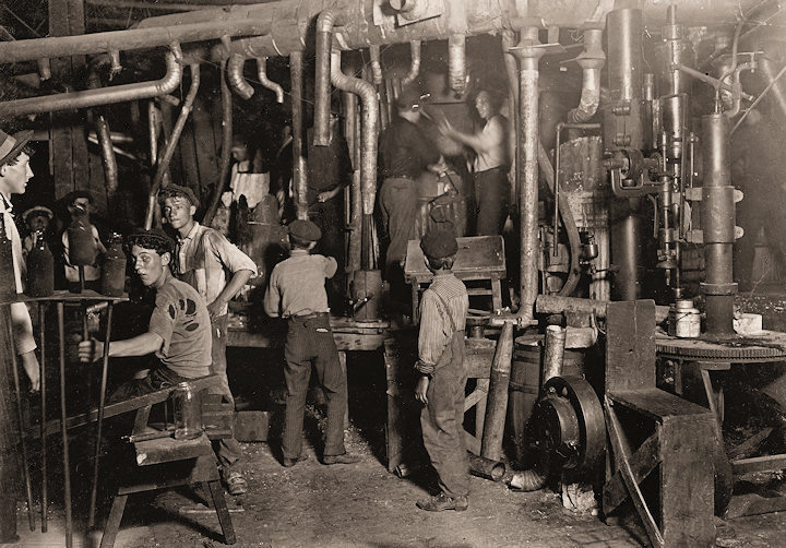 a history of industrial production and child labor in the united states The industrial age that occurred after the civil war created a demand for  he  would tell factory owners that he wanted the child laborers in the photos to  age  of 14 for workers in manufacturing and 16 for workers in mining  all photos and  captions are by lewis hine from the records of the  follow us.