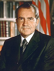 an overview of the watergate incident in the united states history Solutions in united states history & geography united states history & geography united states history & geo the watergate scandal : lesson review: p636.