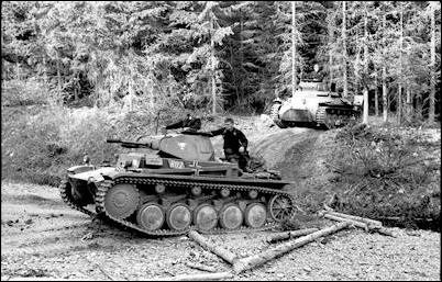 http://www.historyplace.com/worldwar2/defeat/attack-france-panzers.jpg