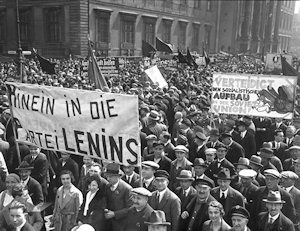 who killed weimar democracy Weimar republic the weimar republic many nazi opponents are beaten up , some 50 killed and germany under the weimar republic was a true democracy article.