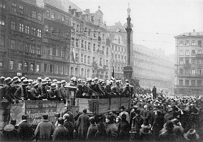The History Place - Rise of Hitler: The Beer Hall Putsch