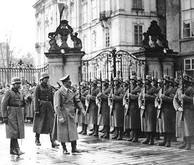 The History Place Triumph Of Hitler Nazis Take Czechoslovakia
